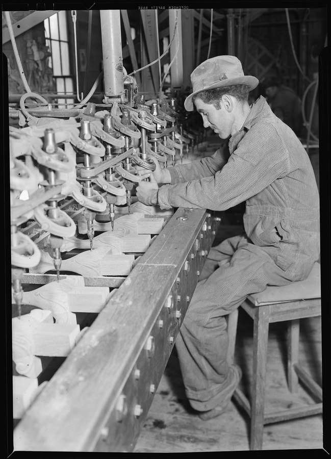lossy-page1-649px-High_Point,_North_Carolina_-_Upholstering._Tomlinson_Chair_Manufacturing_Co._Multiple_carver_machine_automatically..._-_NARA_-_518488.tif